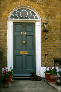 Tips-on-Choosing-the-Right-Front-Door-for-Your-Home